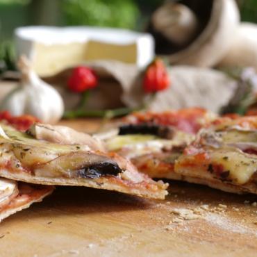 Brie Pizza